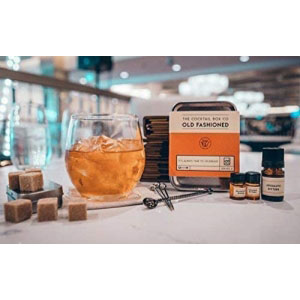 Old Fashioned Cocktail kit provides the premium ingredients needed to prepare 6perfectly tasting cocktails (alcohol not included with kit). Can be prepared as Mocktail.